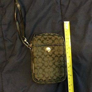 Coach small point&shoot case or sm. carrying case